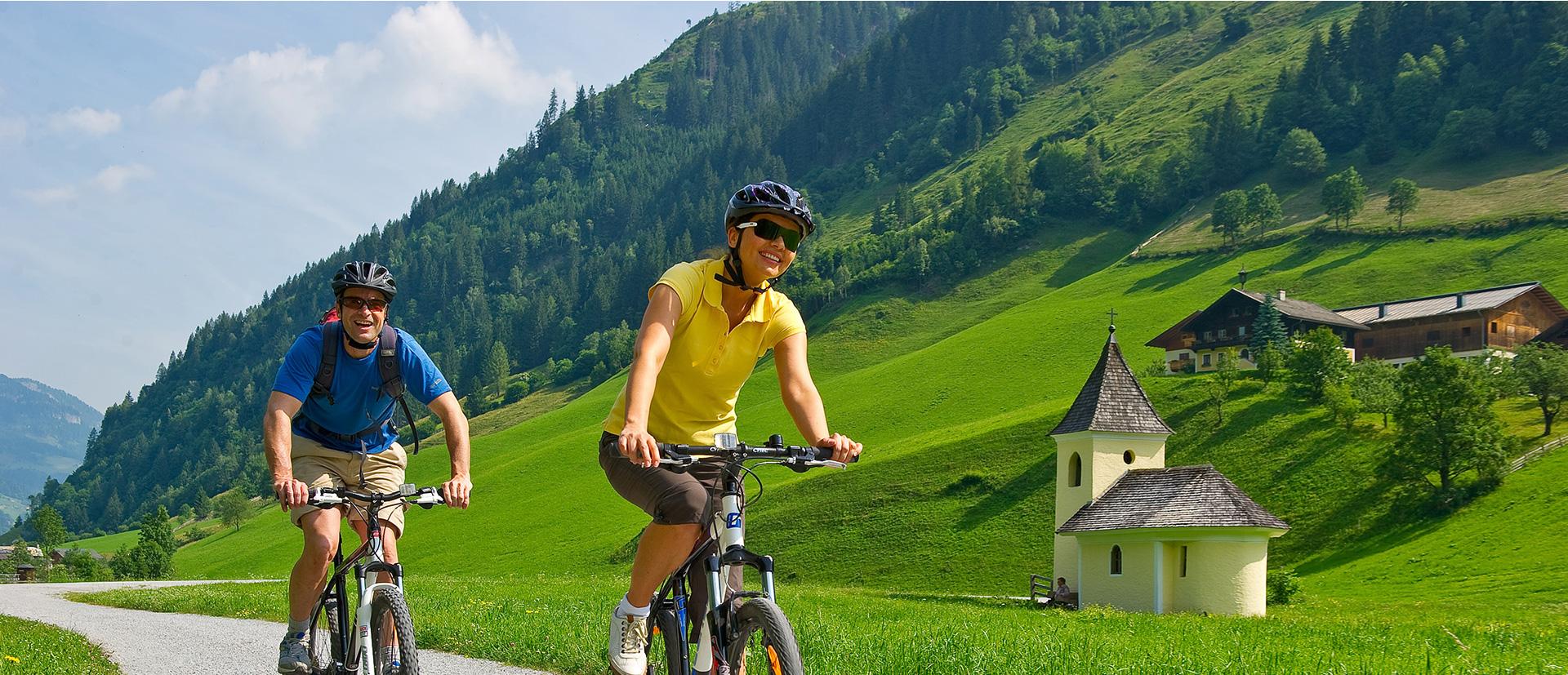 Pärchen Radfahren